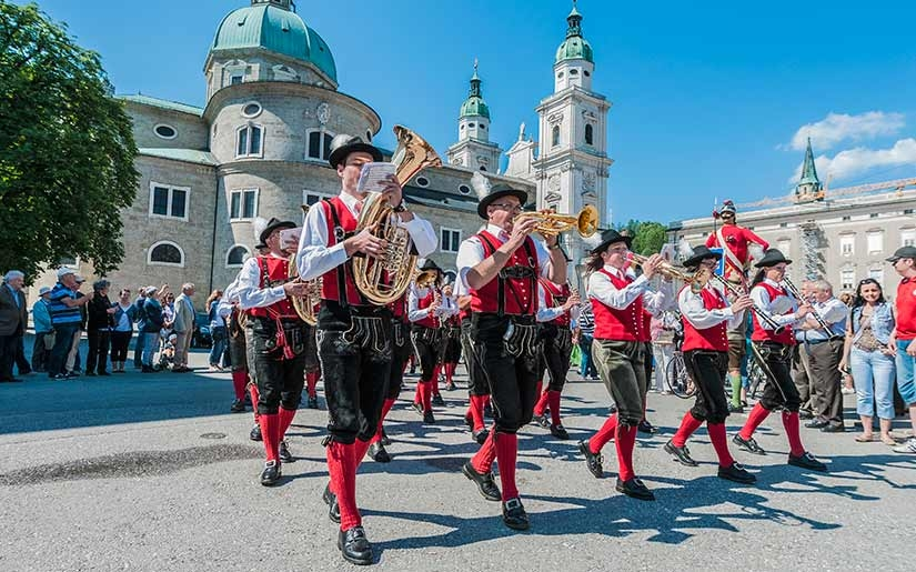 הופעות של נגנים במרכז זלצבורג
